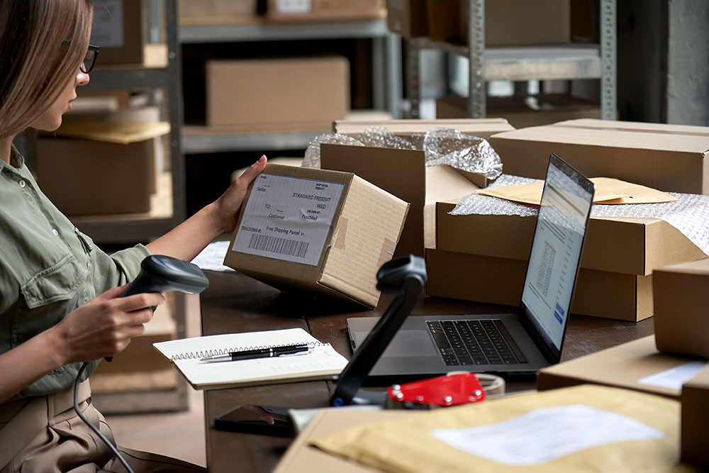 eCommerce Fulfillment Services - Scanning Package